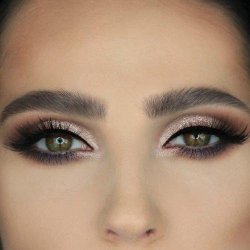 Gemaquilleerde ogen en wenkbrauwen